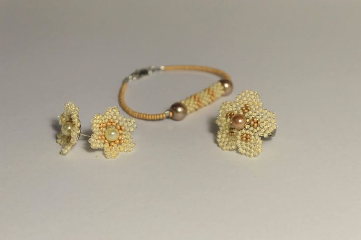 Beaded bracelet, earrings and ring summer flowers by NataliesBijoux on Etsy