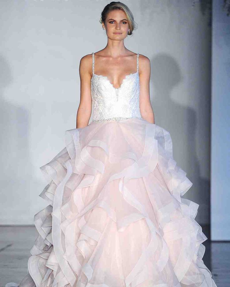 17 Best Images About Gowns And Formalwear On Pinterest