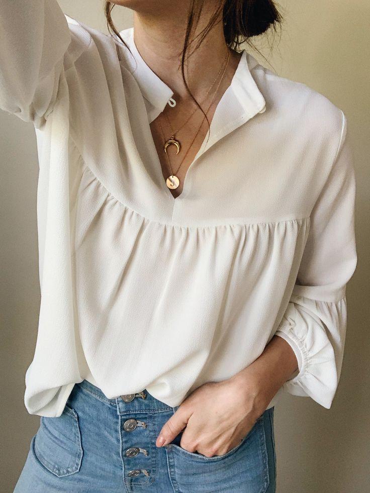 Boho blouse & delicate necklaces