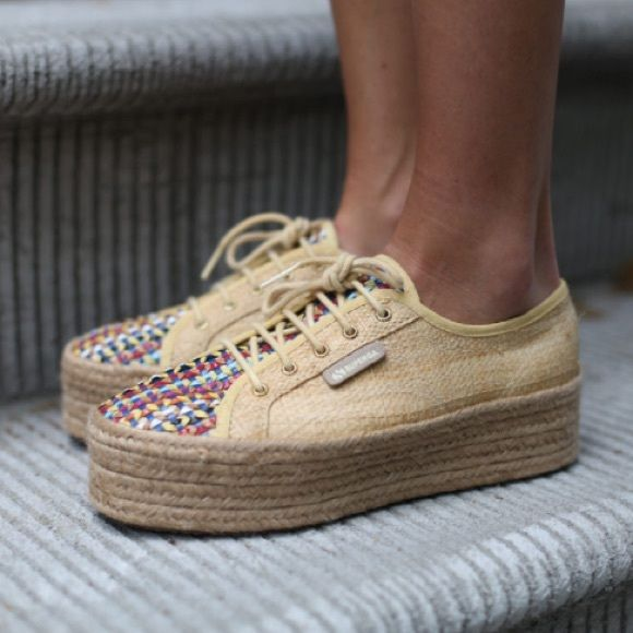 Superga Sneakers-Espadrilles x Amlul Beautiful and comfortable shoes in a neutral color with colorful details.. Perfect for every outfit! Superga Shoes Espadrilles