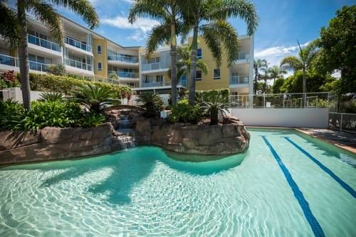 Seachange Coolum Beach Coolum Beach Located directly opposite Coolum Beach, Seachange Resort offers luxurious self-contained apartments with unlimited free WiFi and a private balcony. It features an outdoor heated swimming pool and BBQ facilities.