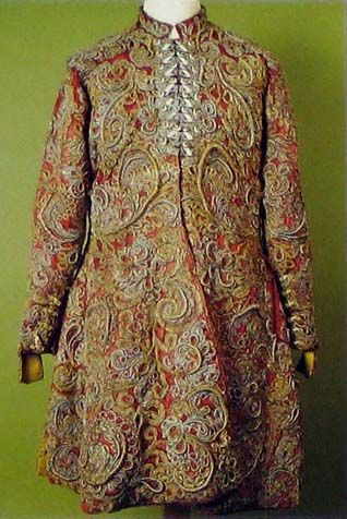 Dolman of Miklos Esterhazy, (1582-1645), Iparmuveszeti Muzeum,  In: I.Turnau, history of dress in Central and Eastern Europe from 16 to 18th century. / http://www.pinterest.com/pin/138837600987314491/