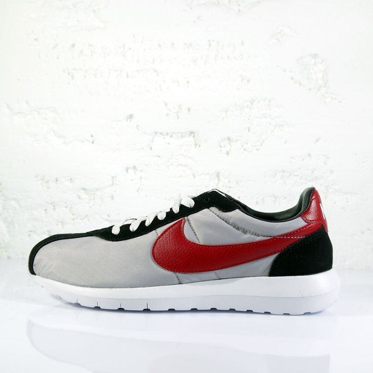 NIKE LD ROSHE LD-1000 QS (WOLF GREY-UNI RED-BLACK) | Ministry Of Concrete