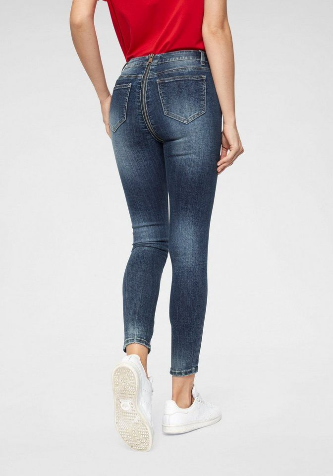 Pin Auf Jeans Ass