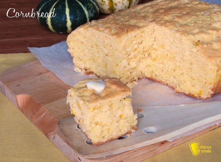 Cornbread pane di mais del ringraziamento ricetta americanana il chicco di mais