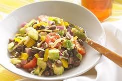 Mexicana Chopped Salad    ¹/³ cup kraft zesty Italian (¹/³ molho de salada - italian)  ¹/² tsp ground cumin (¹/² colher de chá de cumin)  1 can 15oz Black Beans rinced (1 lata de feijão preto)  2 avocados chopped (2 abacates picados)  2 cups cherry tomatoes (2 xicaras de tomate cereja)  1 yellow pepper (1 pimentão amarelo)  ¹/² cup chopped red onion (¹/² xicara de cebola vermelha picada)  ¹/² cup kraf mexican style shredded four cheese (¹/² xicara de queijo ralado, 4 tipos, estilo mexicano)