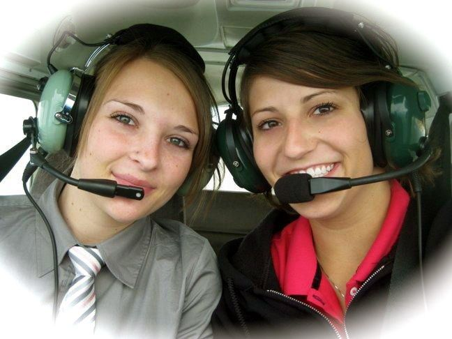 flygc.info ✈ INTERNATIONAL AVIATION PORTAL ✈ Flight School Reviews ✈ Flight school ratings and reviews for students worldwide interested in learning how to become pilots and gain aviation training.