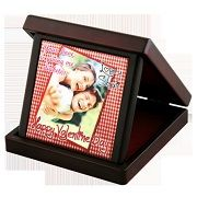 Shop for an excellent quality of Jewel Box with Tile at Digital Innovations. We will personalize it according to your selected pictures at reasonable cost. Buy now! Call @ 9822222688  http://digiinnovations.com/product/jewel-box-with-tile