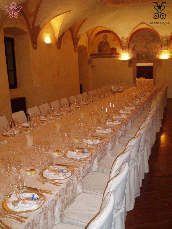 La sala affreschi @CastleOfAngels allestita per un banchetto #blu #affreschi #elegance