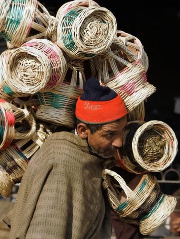 Kashmiri vendor , India