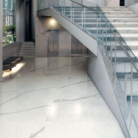 colectia MAXFINE Bianco Venato Extra-gresie mata sau lucioasa de dimensiuni mari: 3x1,5 m; 1,5x1,5 m; 1,5x0,75 m; 0,75x0,75 m; 0,75x0,375 m. Contact: office@LastreCeramice.ro