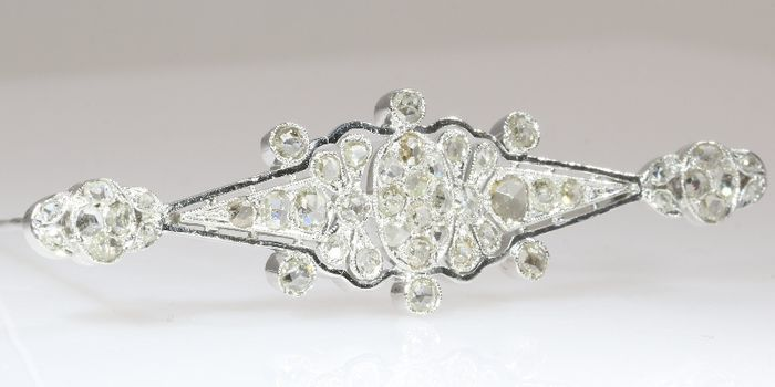 Online veilinghuis Catawiki:  Vintage Retro diamanten broche - ca. 1940