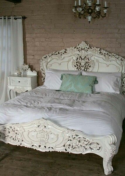 Best 25 baroque bedroom ideas on pinterest black beds for French baroque bed