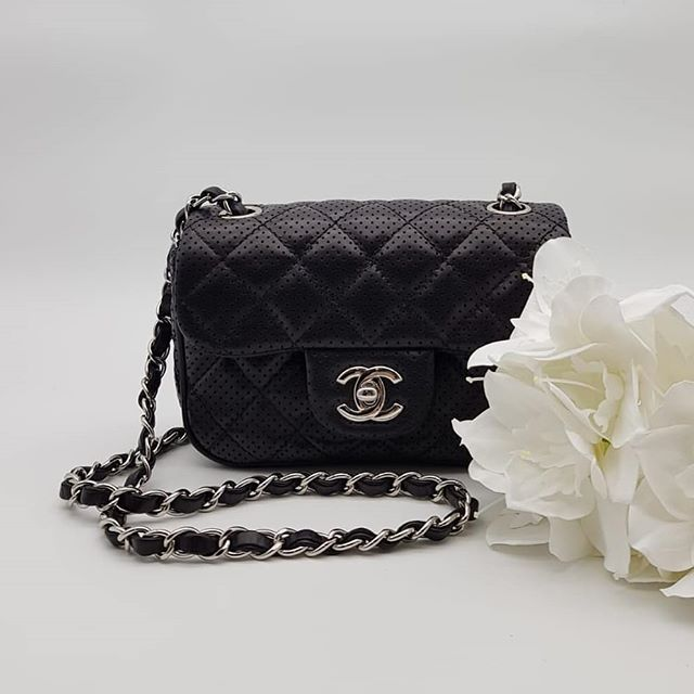 3000 Wire Preloved Excellent Condition Chanel Classic Perforated Mini Square Flap Bag Black Lambskin Silver Hardware Ser Chanel Classic Flap Bag Shoulder Bag