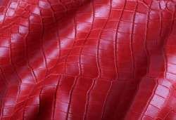 Красная кожа крокодила