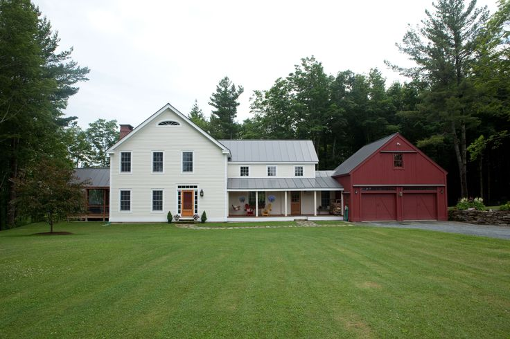 Butler middlebury farmhouse beams square feet and porch for Vermont farmhouse plans