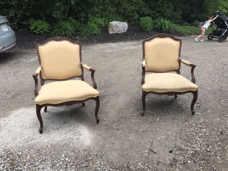 hand carved beautiful antique chairs. smoke free, pet friendly home.