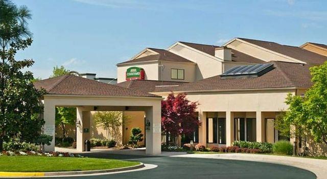 Courtyard Dulles Airport Chantilly - 3 Star #Hotel - $74 - #Hotels #UnitedStatesofAmerica #Chantilly http://www.justigo.us/hotels/united-states-of-america/chantilly/courtyard-dulles-airport-chantilly_110695.html