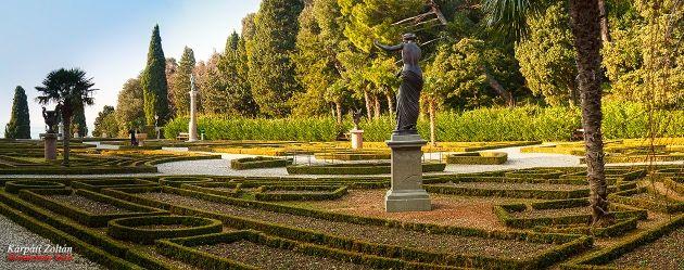Miramare kastély díszkert
