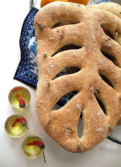 Provençal Olive Fougasse | {Foodie} | Pinterest | Olives
