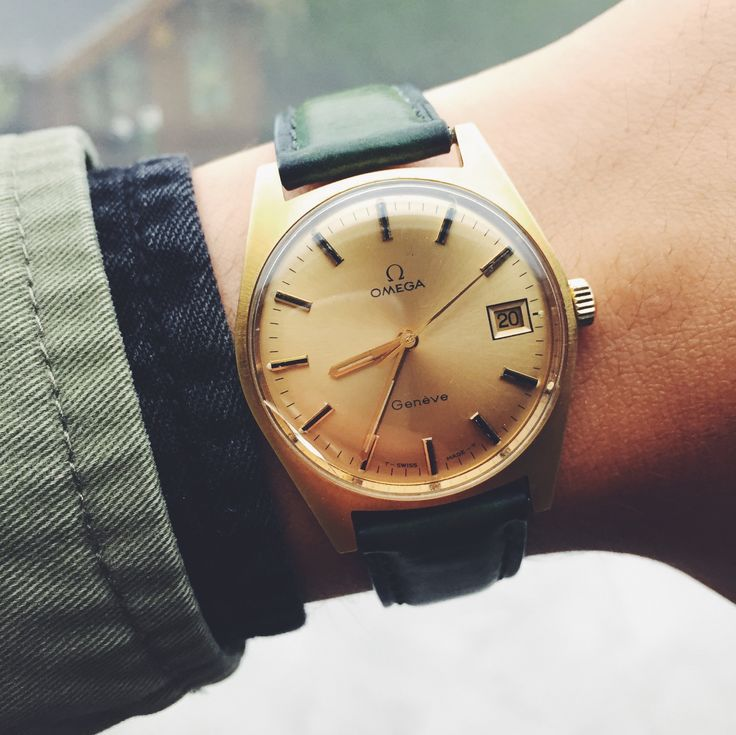 279 best images about montres pour homme on pinterest. Black Bedroom Furniture Sets. Home Design Ideas