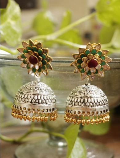 Beautiful Earring Set With Green And Red Color Floral Design