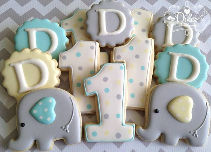 Elephant birthday cookies~ Dolce dessert, blue, grey elephant, green, initial, polka dot number