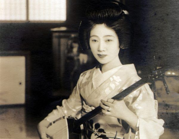 The Audain Art Museum hosts an exhibit about the most sought-after geisha of the 20th century.