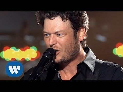 ▶ Blake Shelton - Kiss My Country A$$ (Official Video) ... Damn straight!!! <3 <3 <3