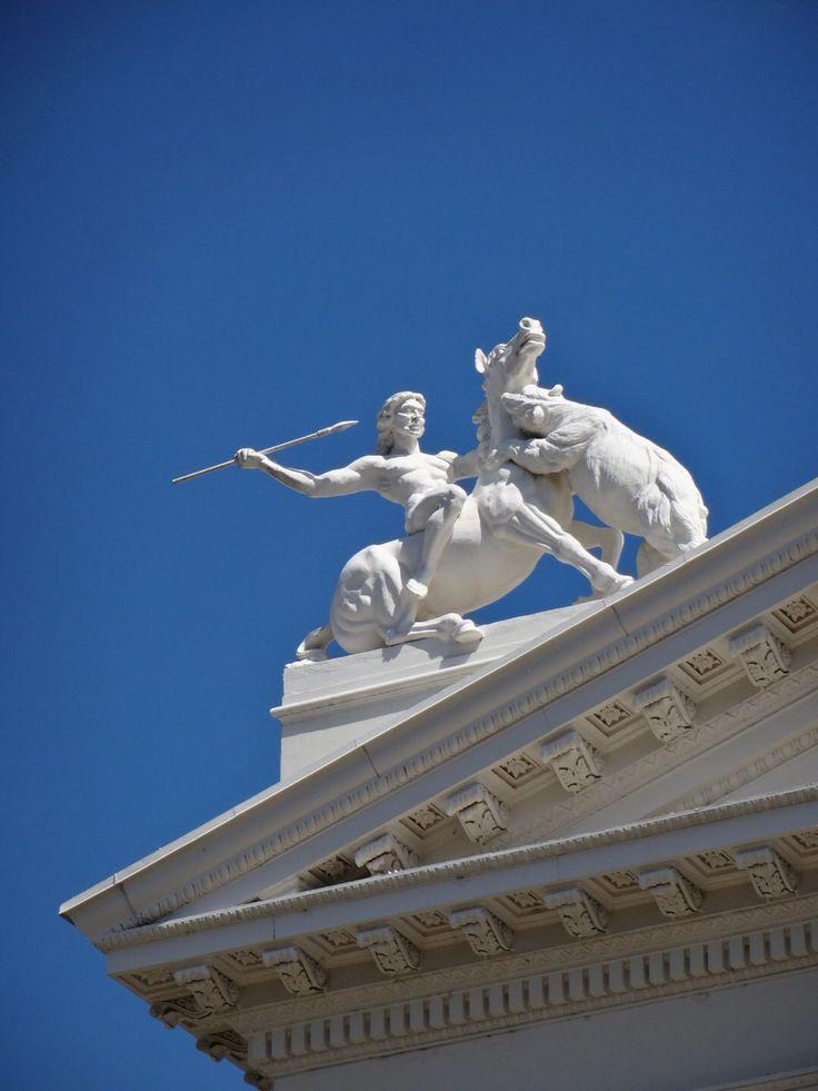 #Whitehorse #Bear #fight #sacramento #travel