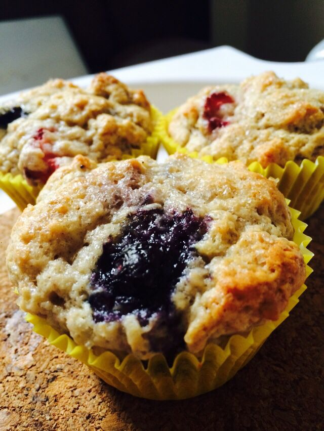 Berry exploded muffins