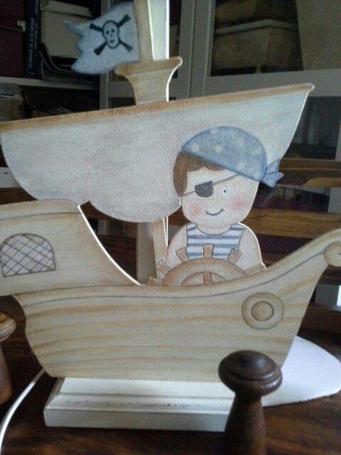 lámpara silueta pirata...