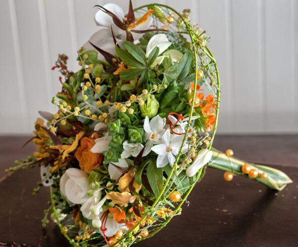 whimsical bouquet, Art of Weddings, Françoise Weeks