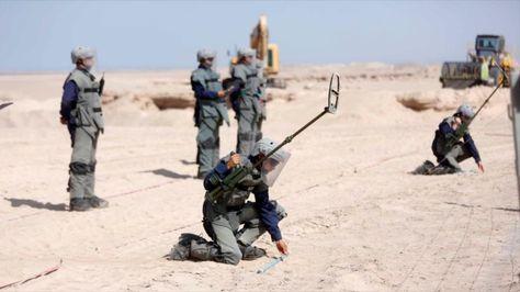 Chile desminó el 80% de la frontera con Bolivia y queda un remanente de 26.000 explosivos - La Razón (Bolivia)