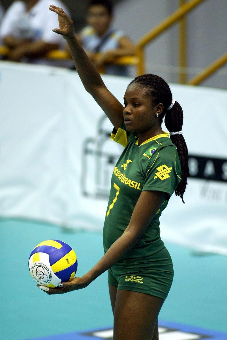 brazil female volleyball player fabana | Fabiana Claudino was born in 1985 in…