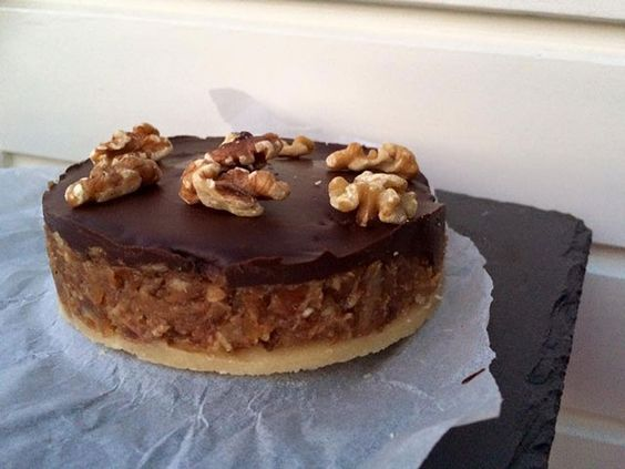 Als je de foto ziet kun je bijna niet voorstellen dat dit past bij een gezonde leefstijl. Maar wel dus! Recept voor vanille brownies met chocolade.