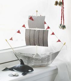 4 Fun Father's Day Gifts That Kids Can Make And Dads Will Love: origami newspaper pirate ship from #ProjectKid www.projectkid.com