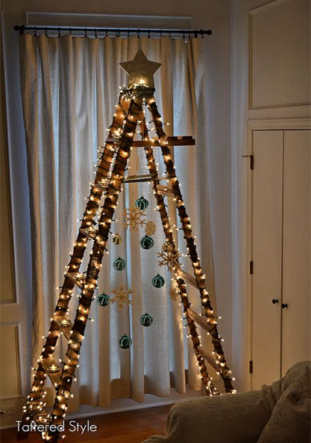 alternative stepladder christmas tree decorating ideas - Last year I shopped around for a new Christmas tree. I was shocked to discover how the price of artificial Christmas trees has gone up so much, especially if you want one that reasonably life-like. Made me think about alternative ideas for a Christmas tree... like this stepladder Christmas tree.  - See more at: http://www.home-dzine.co.za/crafts/craft-ladder-tree.htm#sthash.1grxaquR.dpuf
