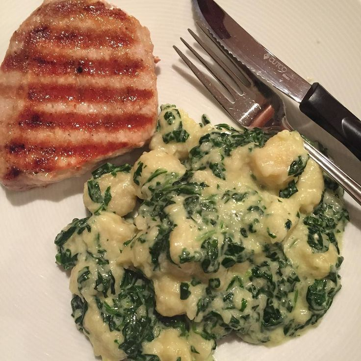 Grilled chop with gnocchi dressed in spinach Parmesan and a splash of cream. Delish! . . . . . #bloggingboost #verilymoment #dofearlessly #colorcolourlovers #howyouglow #bandoffun #bloggervibes #thatauthenticfeeling #sharemypassion #theeverygirl #cookforme #bloggerstyle #creativepreneur #abmhappylife #workfromanywhere #bloggingboosters #myeverydaymagic #bloggerlife #theblogissue #dowhatyoulove #thehappynow #lovepluscolor #deliciousfood #healthychoices #healthycooking #lovetocook…