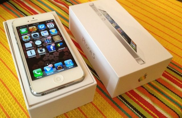 Teenager receives an 18 point contract from mom along with his new iPhone for Christmas. Good read!