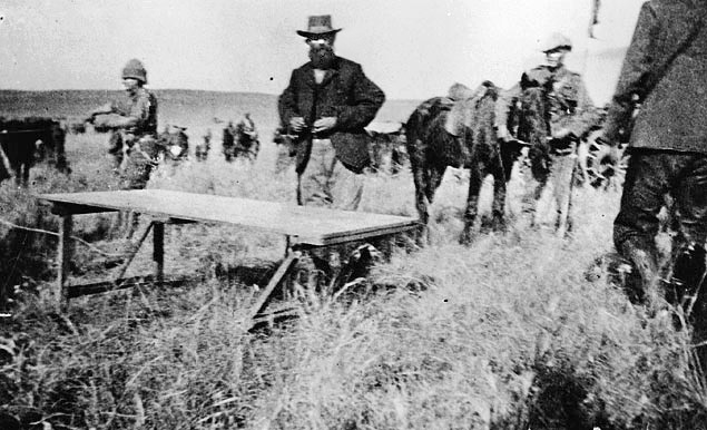De La Rey - This Day in History: Mar 7, 1902:  Battle of Tweebosch, South Africa http://dingeengoete.blogspot.com/ http://images61.fotki.com/v53/photos/1/183150/842932/0delarey-vi.jpg?1078657462