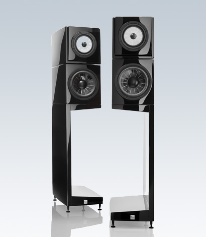 simply beautiful speakers from Vienna Accoustics.The Kiss