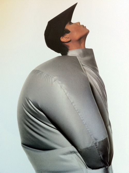 Issey Miyake - #editorial #fashion curated by #pepevillaverde @pepevillaverde