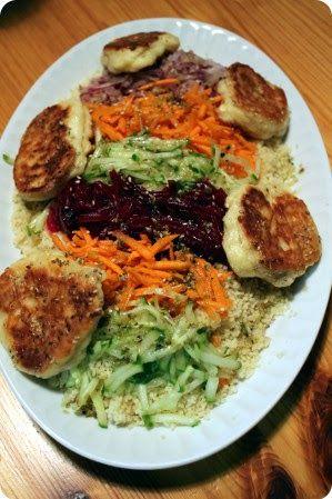 No Kitchen For Old Men: Regenbogensalat mit Sesam-Feta-Puffern aus Cook Cl...