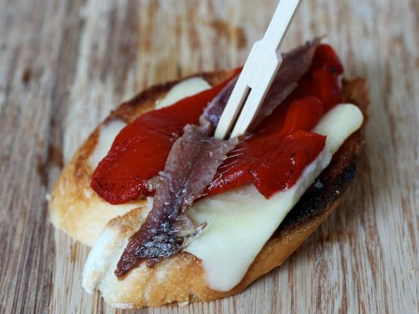 Makes me think of Spain! Anchovy, Red Pepper, and Manchego Pintxos #euskadi #bilbao