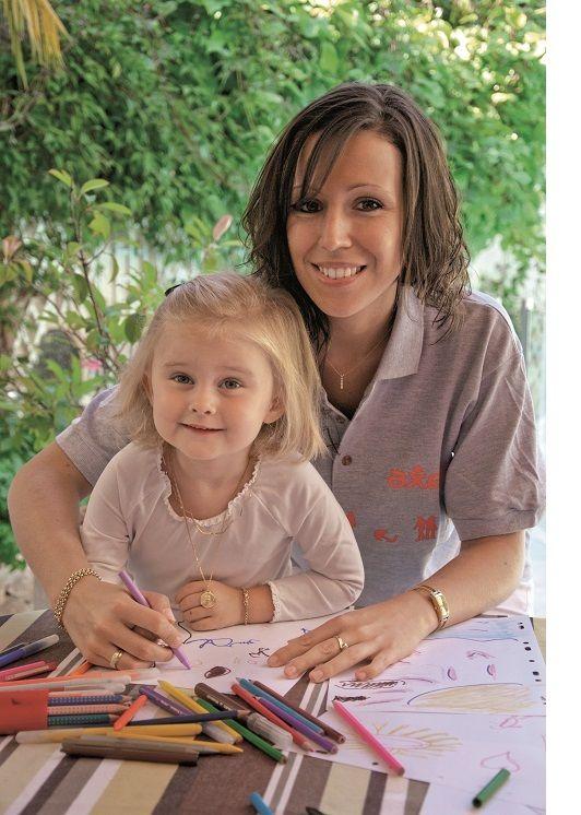 Les professionnels de votre agence AXEO Services Talmont-Saint-Hilaire prennent soin de vos enfants !