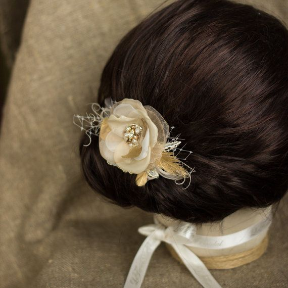 Wedding Hair flower Wedding hairpiece Gold hair piece Champagne Hair Flowers Nothing is more luxurious than gold. Delicious bridal flower headpiece features a delicate gold accents that can bring simple glamour and add elegance to bridal hairstyle. *Handmade with ivory champagne gold