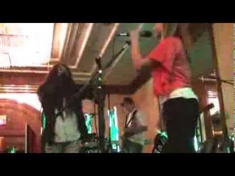 ▶ School of Rock Memphis - Featuring Jess Harnell - Jesse's Girl - YouTube