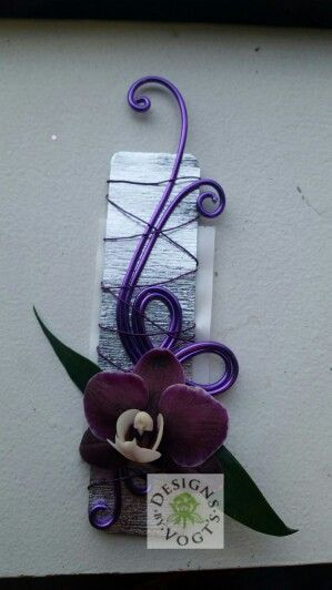 Orchid Boutonniere made from Oasis aluminum wire. Unique and trendy.