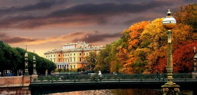 Осень в Питере. Нигде в мире нет такой осенней красоты, как в России.